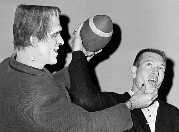 Johnny Unitas with Herman Munster, 1965  (AP)