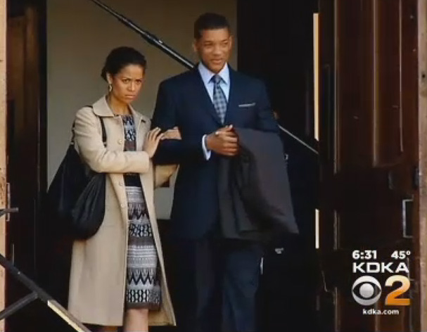 Gugu Mbatha-Raw and Will Smith during filming.  Photo: KDKA CBS-Pittsburgh